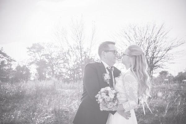 Liebevolle, verrückte Hochzeit in Boltenhagen