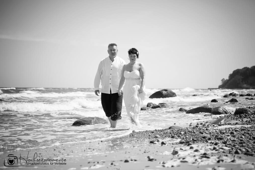 Ehepaar am Ostsee-Strand