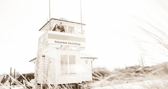 Brautpaarfotoshooting am Strand von Ahrenshoop