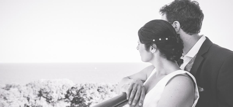 schwarz weißes Hochzeitsbild auf dem Leuchtturm Kap Arkona