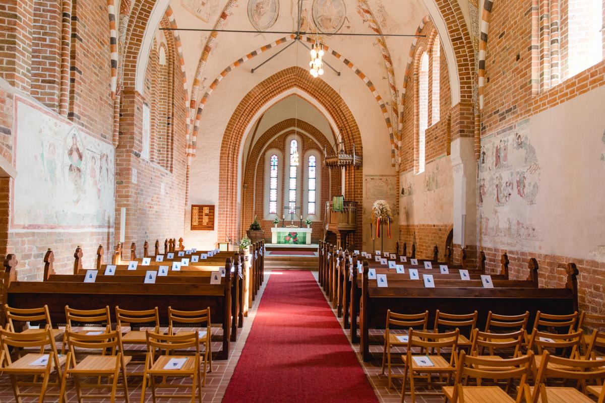 Kirche Altkalen