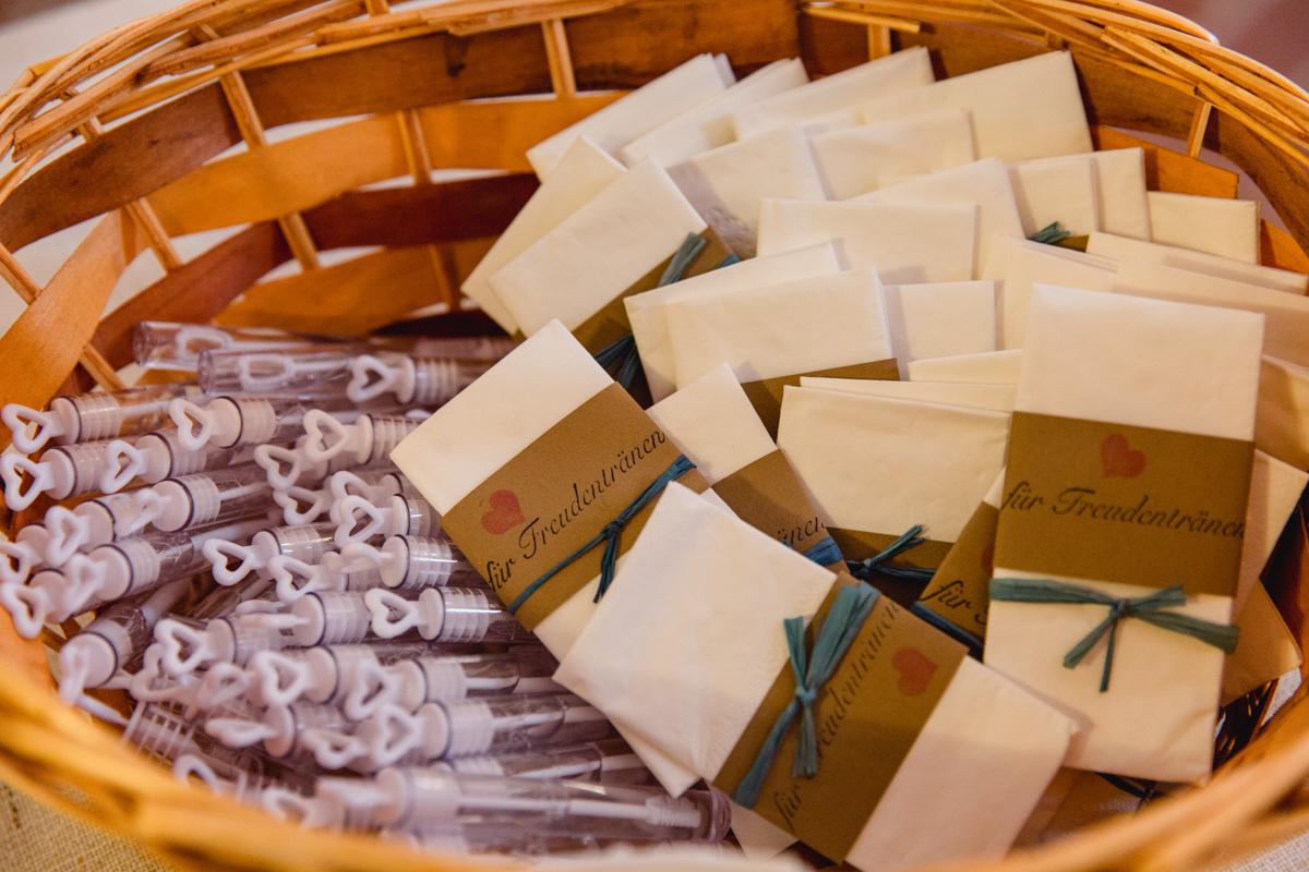 Taschentücher für Freudentränen, Seifenblasen