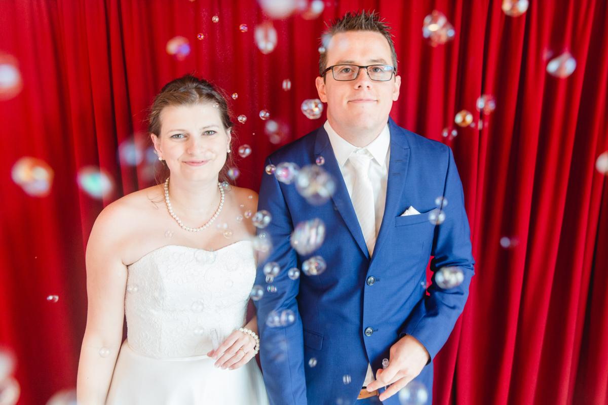 Seifenblasen Brautpaar