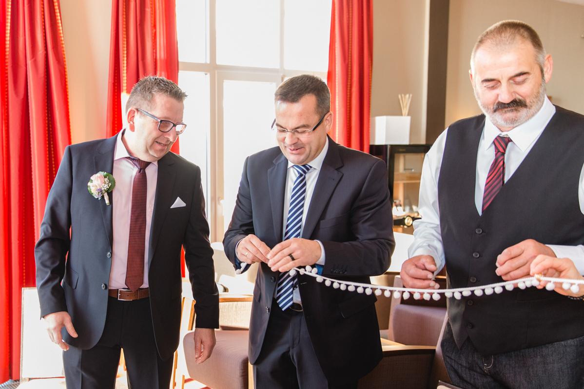 Ringübergabe Hochzeitsfoto