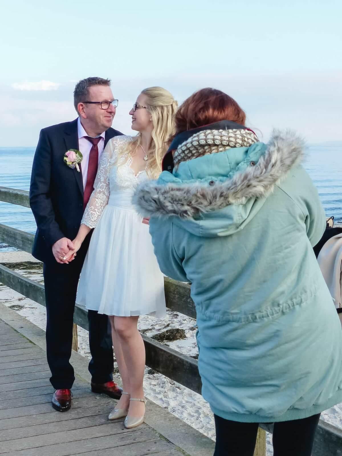 Hochzeitsfotografin bei der Arbeit