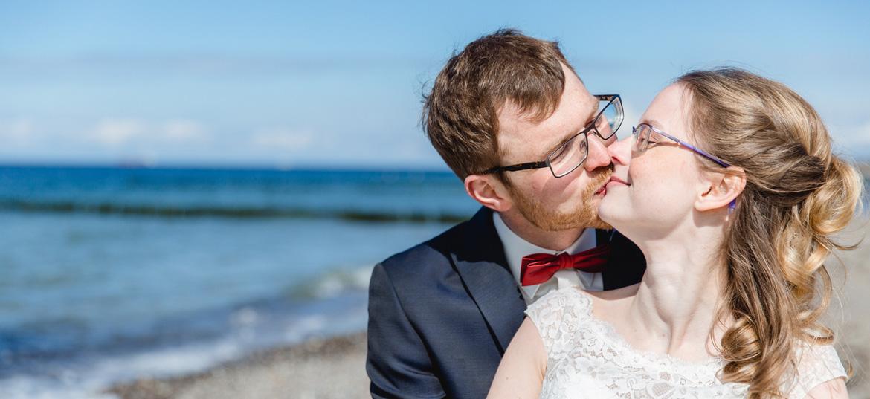 Strandfotoshooting nach Hochzeit in Bad Doberan