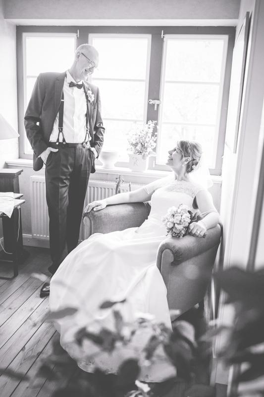 Hochzeitsfotos Indoor bei Regen aufnehmen.