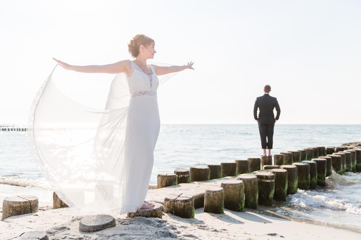Hochzeitsfoto am Strand.