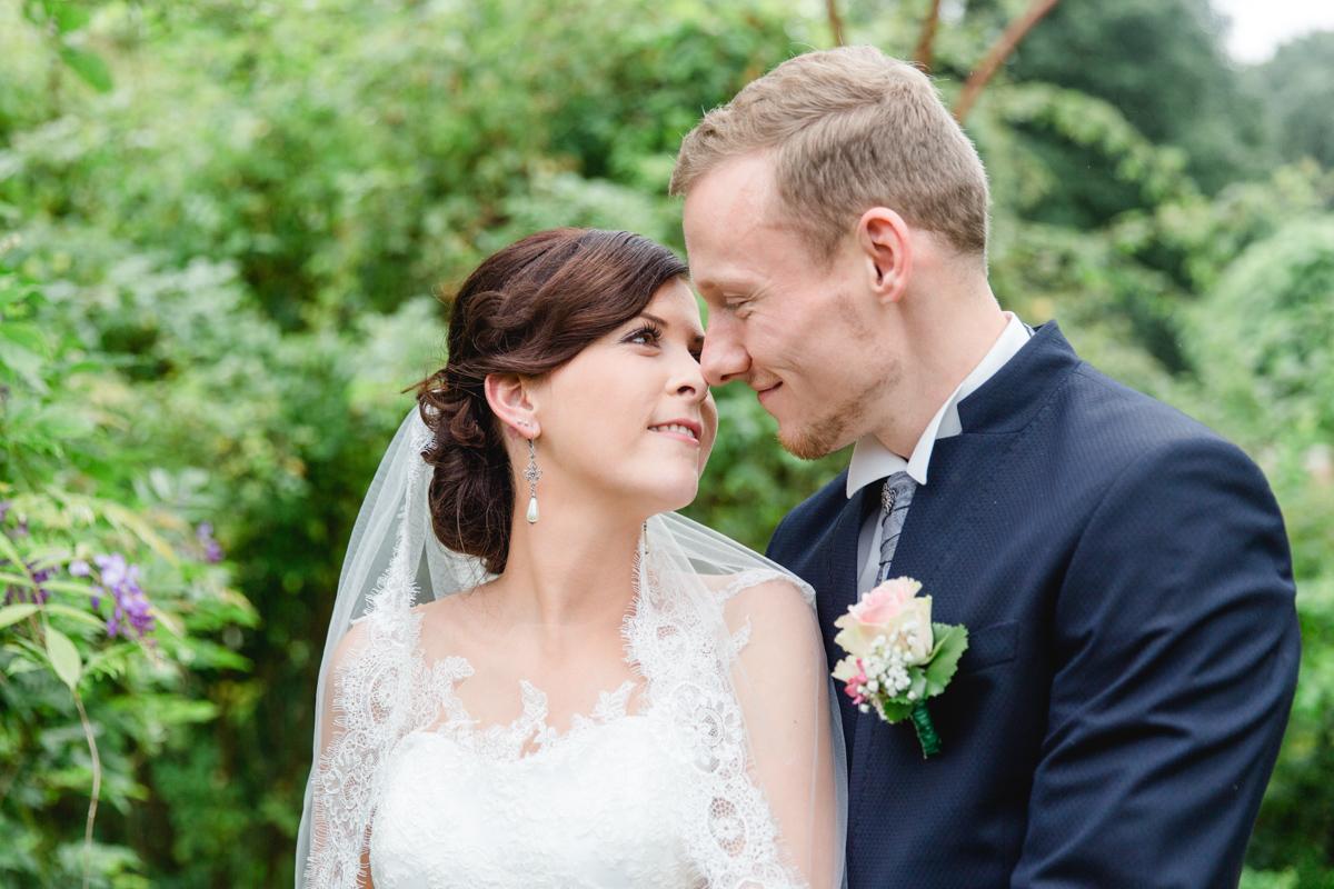 Verliebte Hochzeitsfotos.