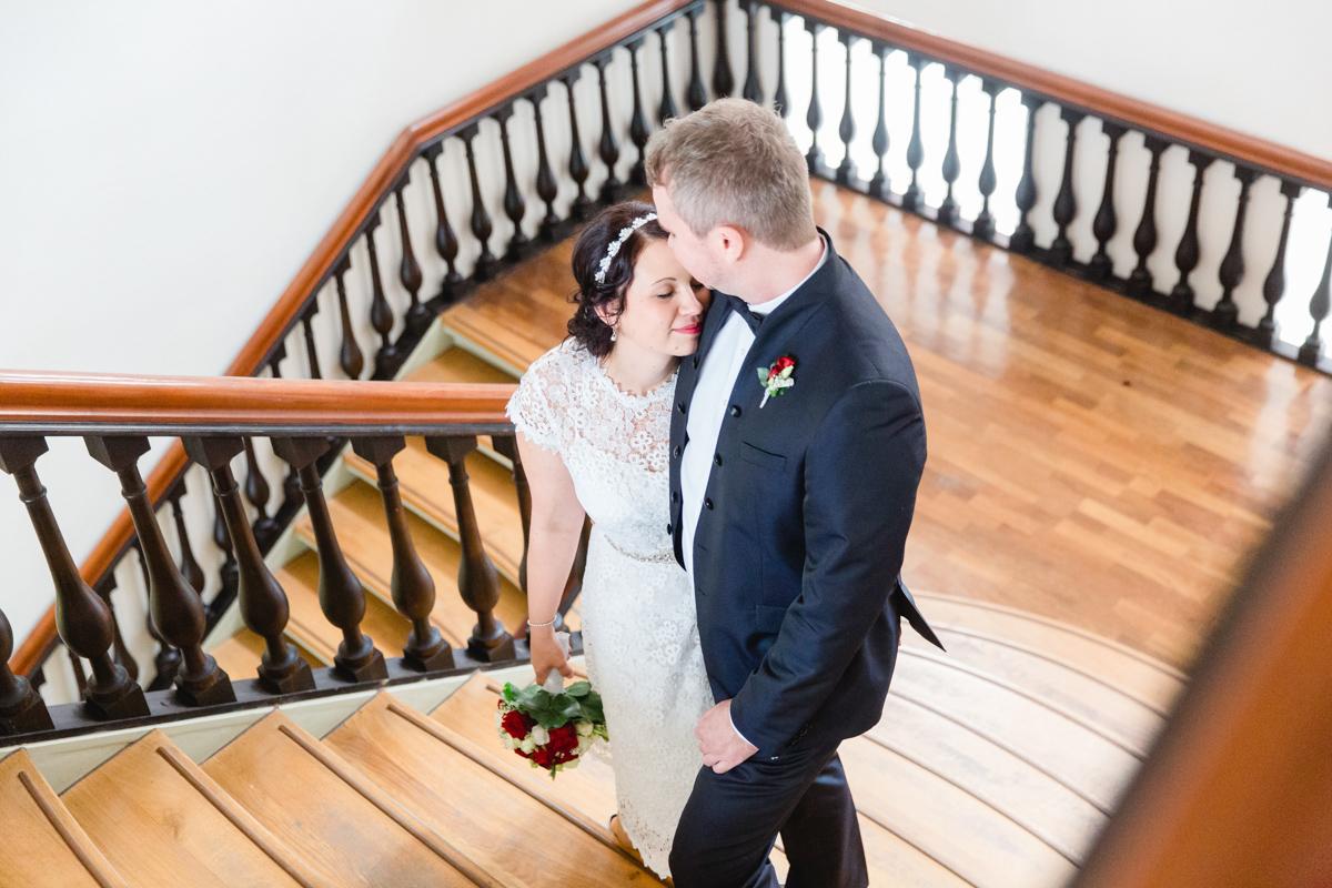 Hochzeitsfoto aufgenommen im Rathaus von Wismar.
