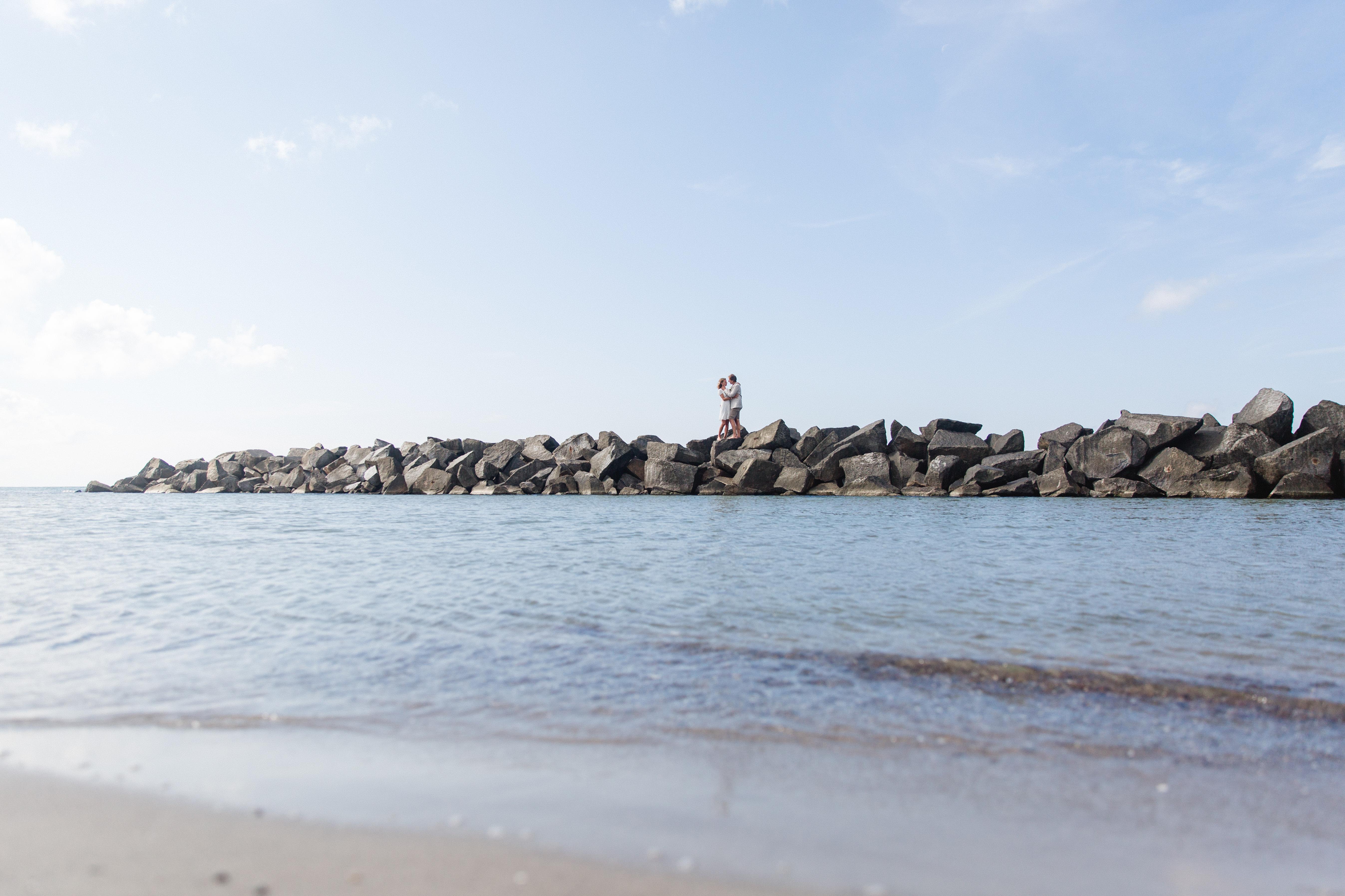 Brautpaarfotoshooting am Strand von Ahrenshoop.