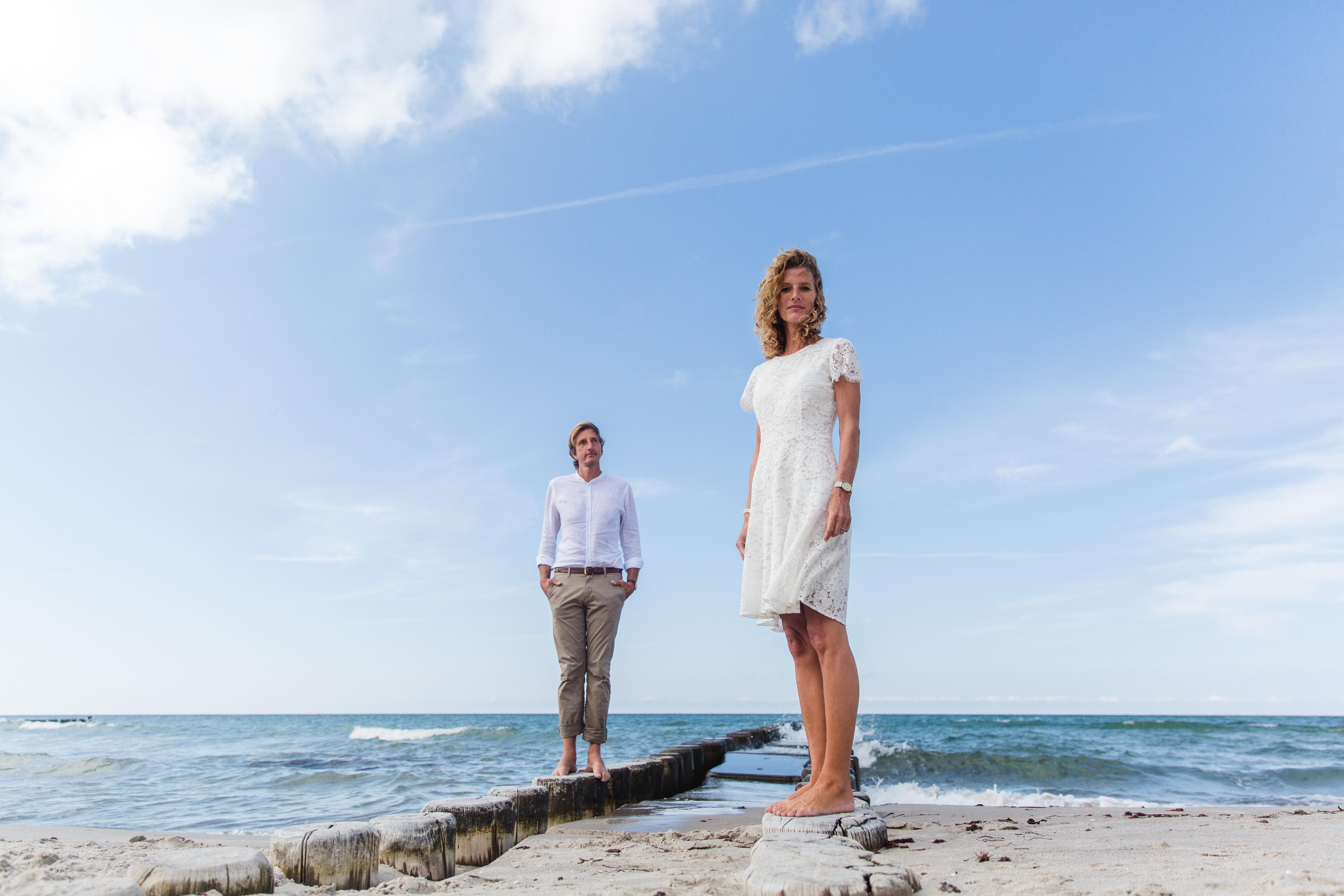 Hochzeitsshooting am Strand von Ahrenshoop.