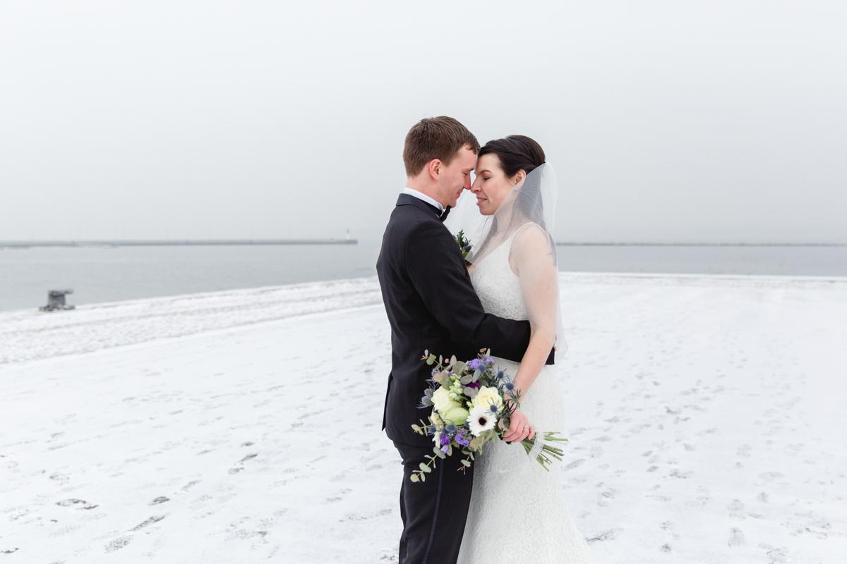 Heiraten im Winter in Stralsund.