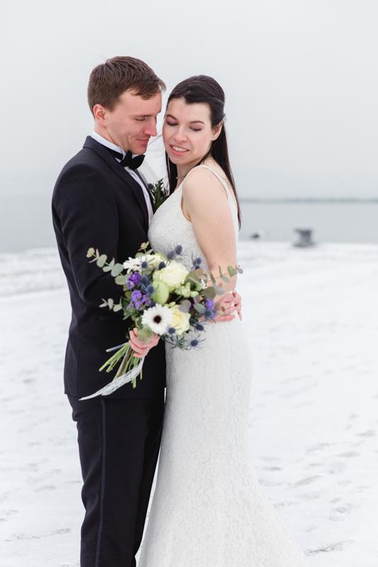 Winterhochzeit - Brautpaarfotoshooting.