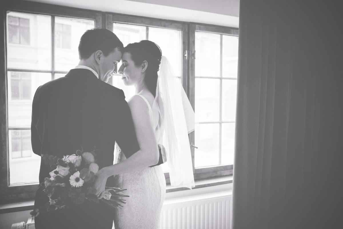 Hochzeitsfoto aufgenommen im Hotel.