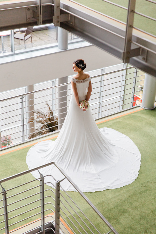 Braut im Hotel