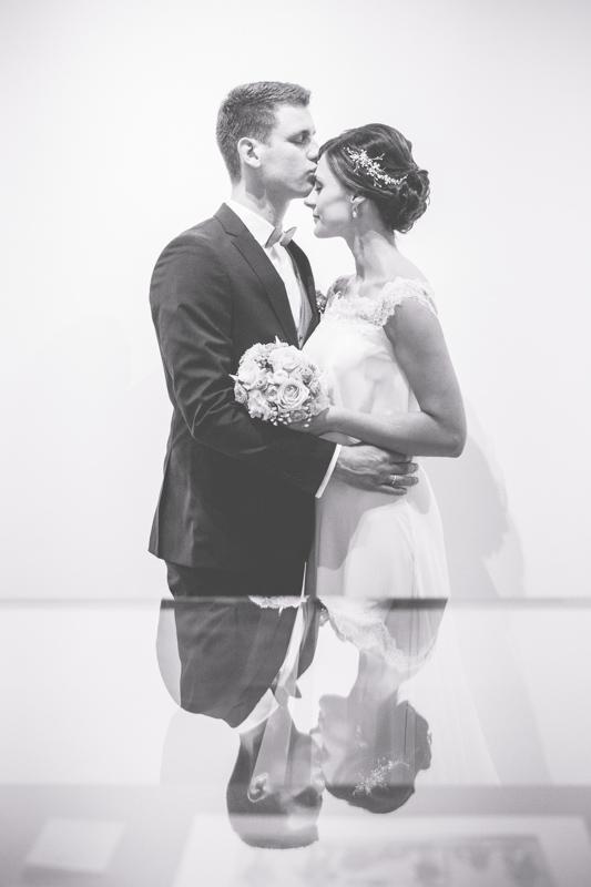 Hochzeitsfotos aufgenommen im Museum in Neuruppin.