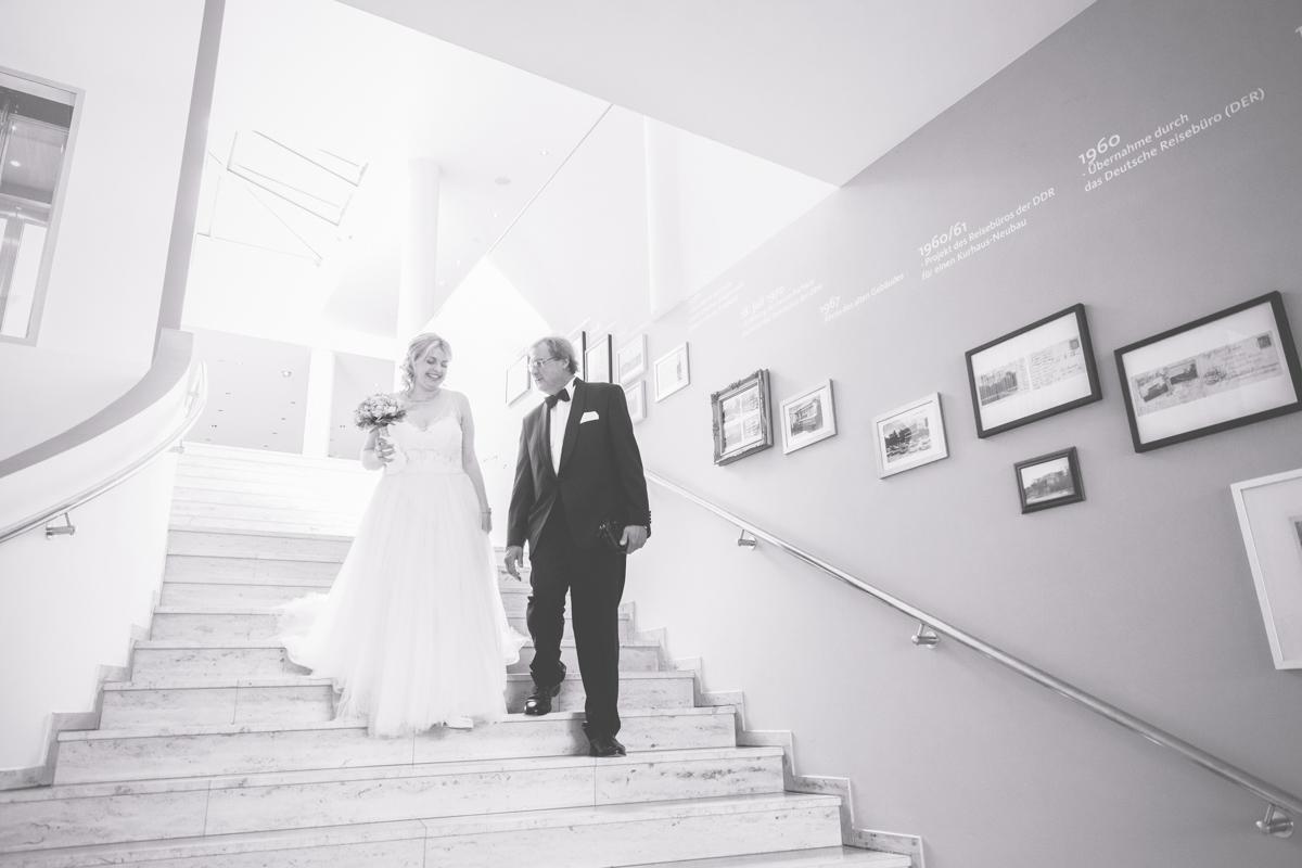 Braut mit Brautvater.