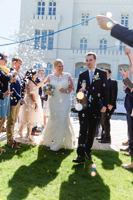 Gratulation des Brautpaares.