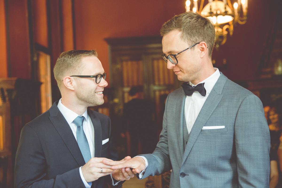 Hochzeit zweier Männer.