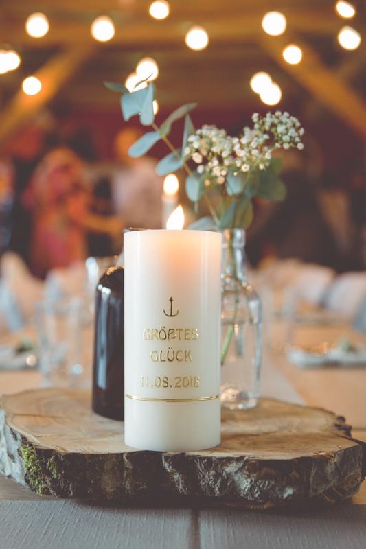 Hochzeitdetialfoto der Tischdeko.