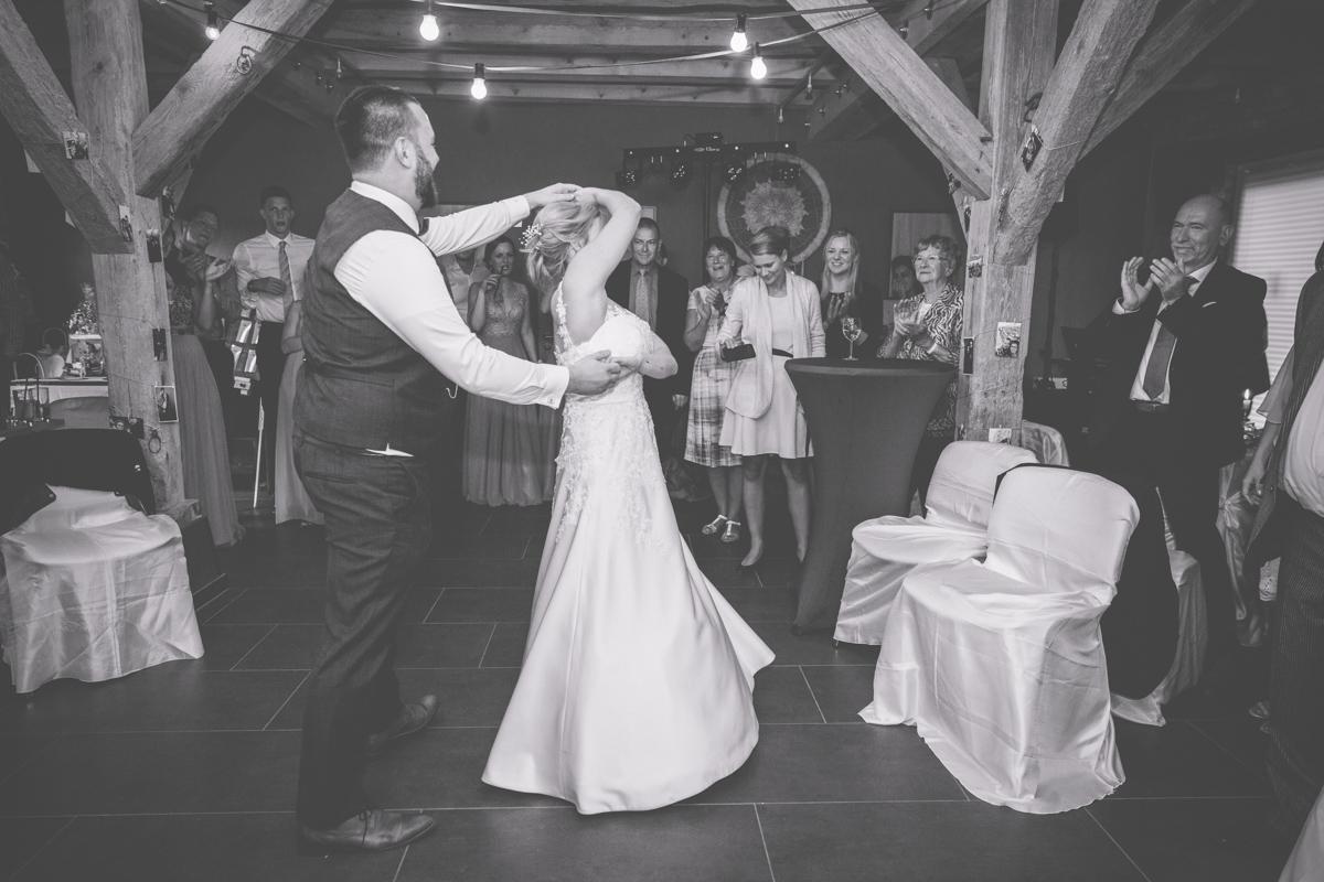 Eröffnungstanz des Brautpaares.