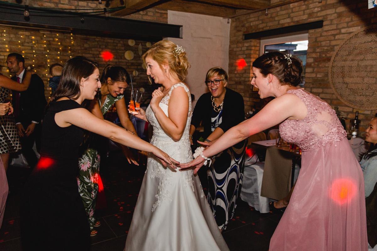 Partyfotos der Hochzeit.
