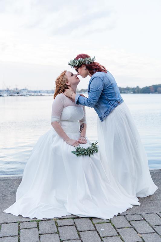 Urbanes Hochzeitsfotoshooting an der Warnow.
