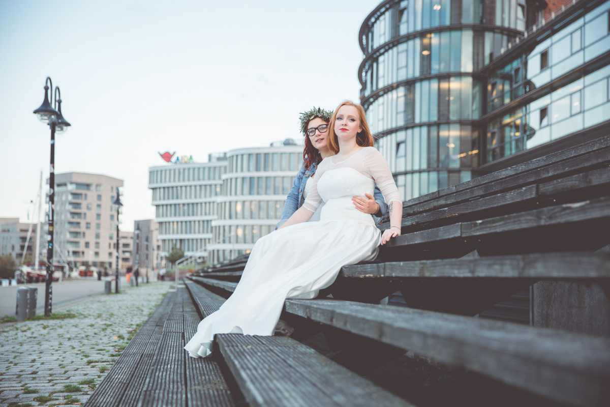 Urbanes Fotoshooting im Rostocker Stadthafen.
