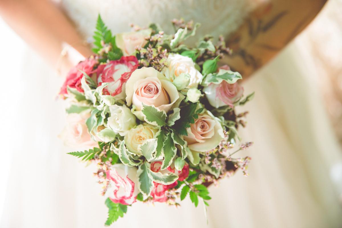 Detailfoto des Brautstraußes.