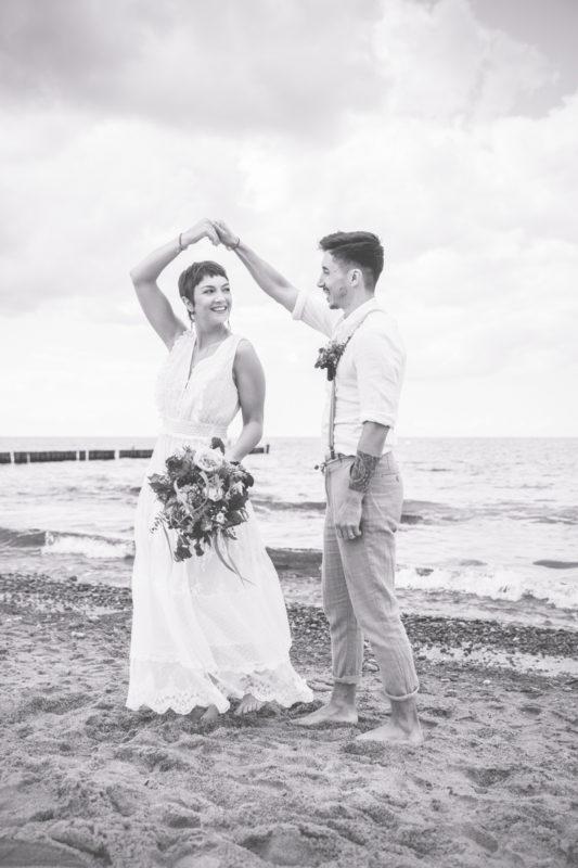 Hochzeitstanz am Strand von Heiligendamm.
