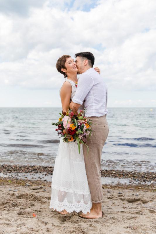 Emotionale Hochzeitsfotografie an der Ostsee.