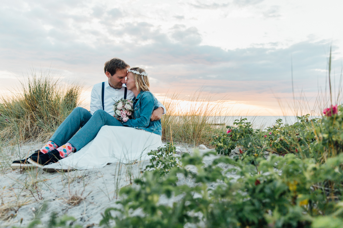 Brautpaarshooting bei Sonnenuntergang.