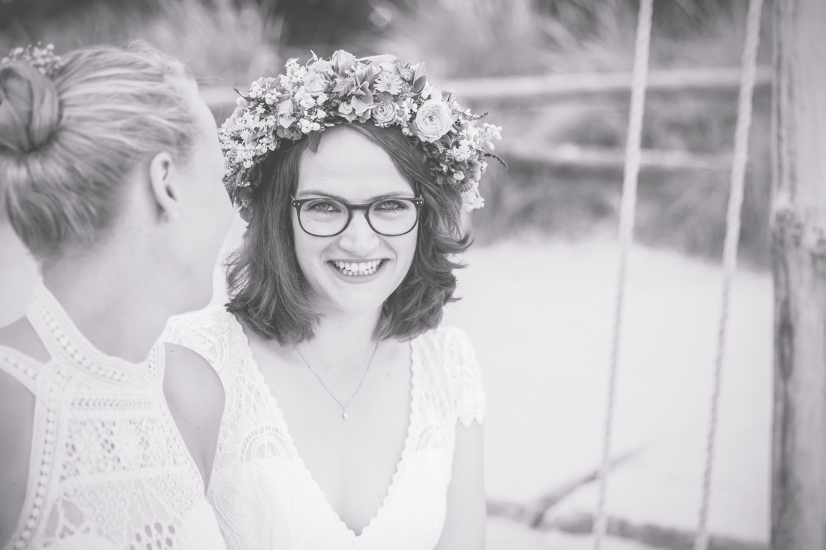 Hochzeitsfotografin aus Zingst hat zwei Bräute fotografiert.