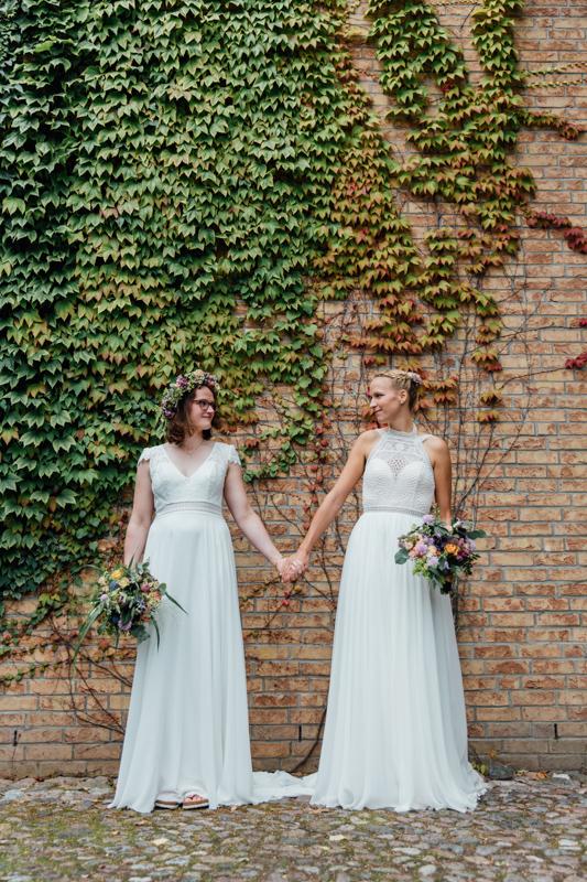 Gleichgeschlechtliche Hochzeit an der Ostsee.