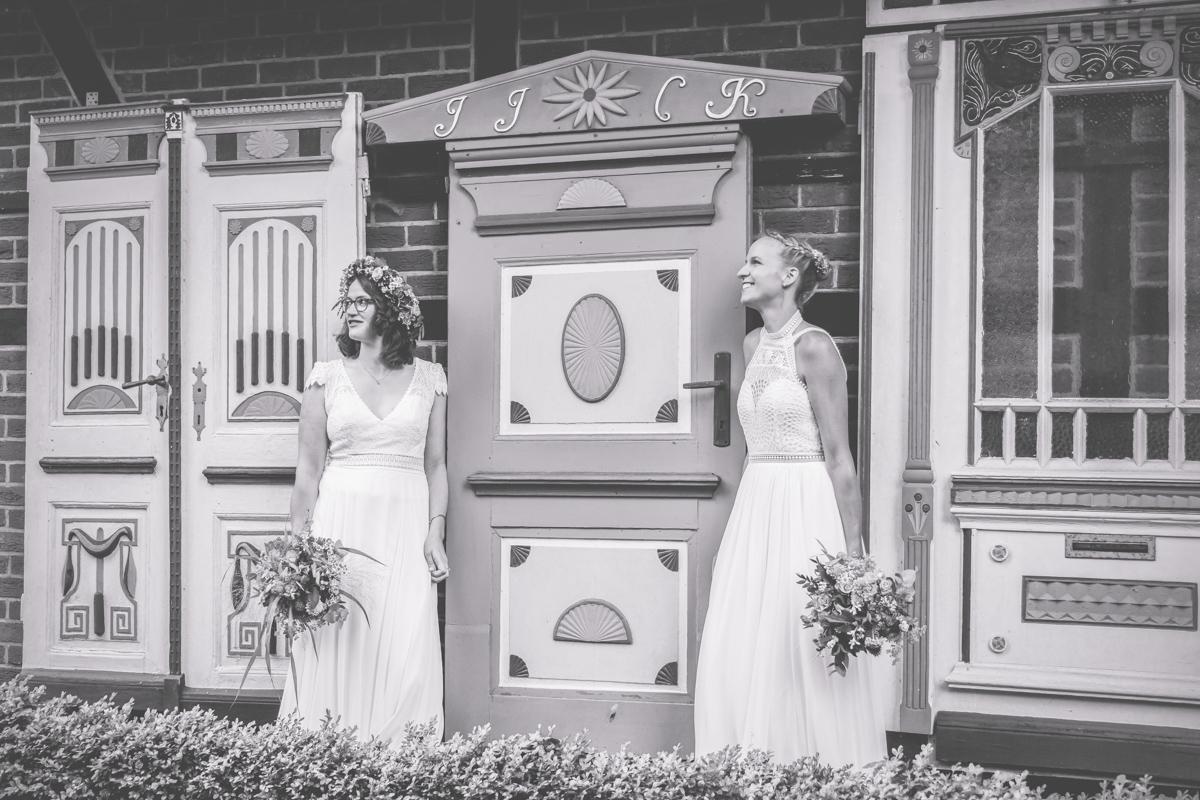 Fotos einer lesbischen Hochzeit an der Ostsee.