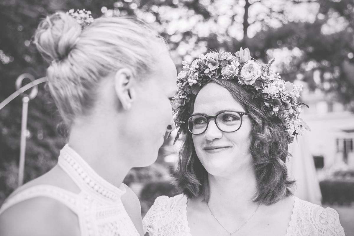 Fotografin für lesbische Hochzeiten in Zingst.
